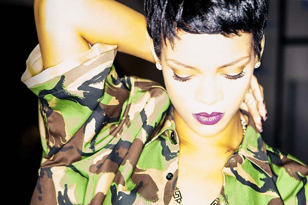Rihanna live in NZ - third show on sale now