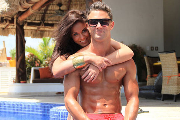 Geordie Shore's Vicky &amp; Ricci's engagement is off!