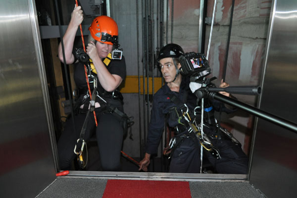 Jay-Jay abseils down the Sky Tower - photos
