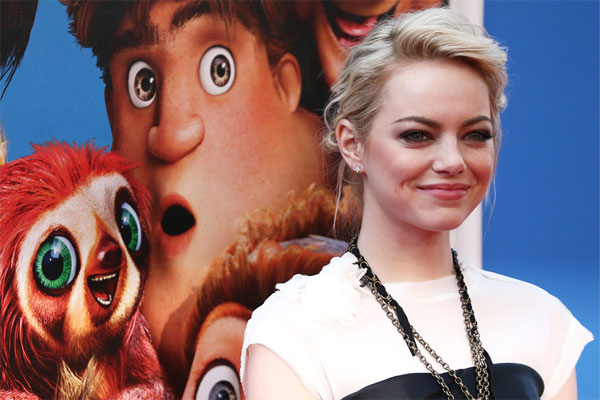 Emma Stone claims jealous tweets are due to a hacker
