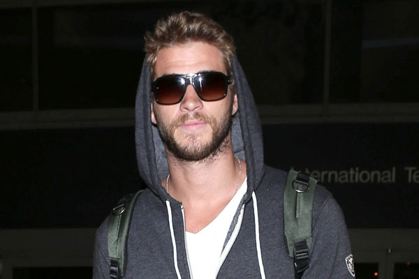 Liam Hemsworth refuses to answer relationship questions