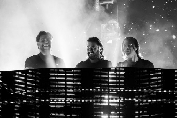 Swedish House Mafia play their last ever gig and say goodbye