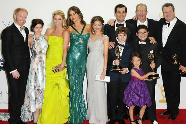Modern family stars rescued after being trapped in a lift
