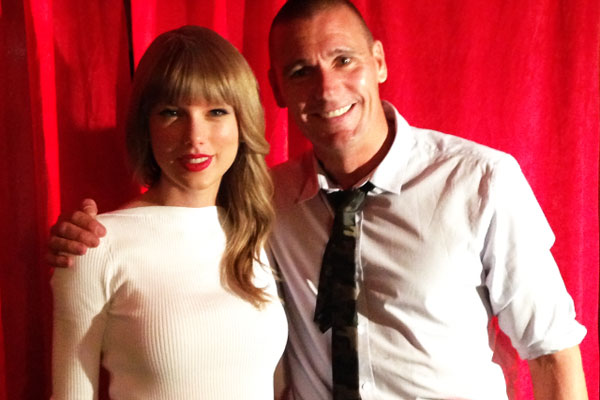 Taylor Swift chats to Dom in Detroit - full unedited interview
