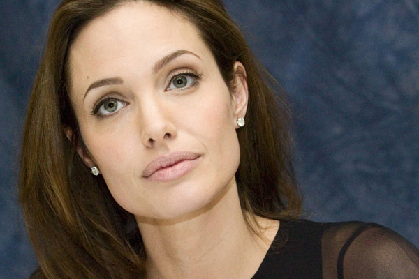 Angelina Jolie wants to remove more of her womanly parts