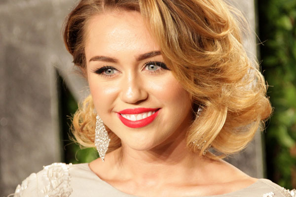 Miley feels betrayed by Liam Hensworth