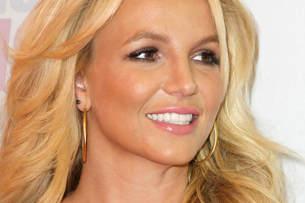 Hear Britney's new song 'Ooh La La'