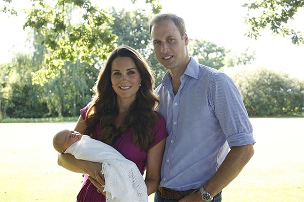 First official portraits of Royal Baby, Prince George