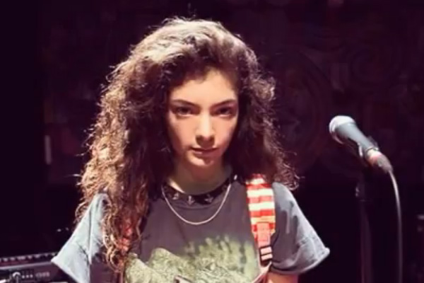12 year old Lorde covers Kings of Leon
