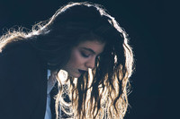 Competition:Fast Forwarded Lorde and win