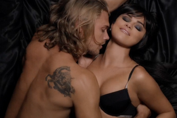 WATCH: Selena Gomez just dropped her new 'Hands to Myself' music video and it's sexy AF