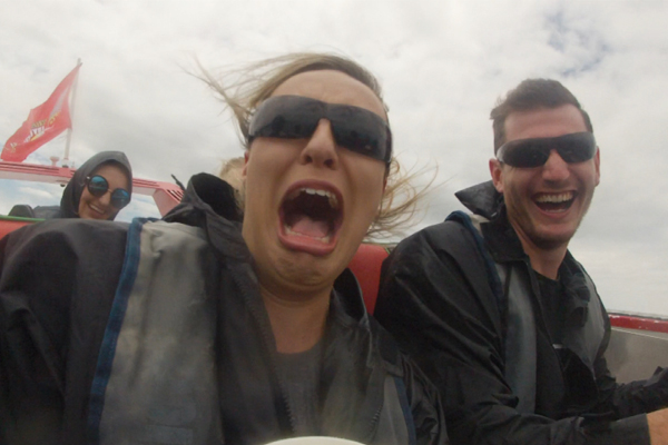 Marty and Steph go JET BOATING with R5