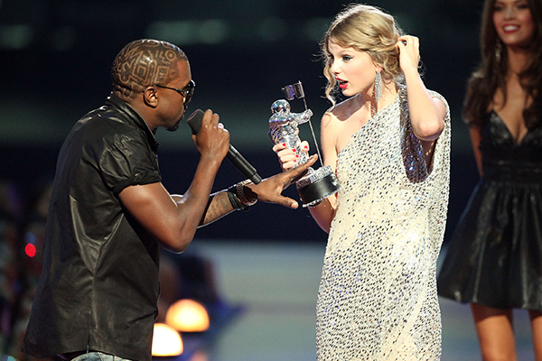 Kanye West just took (another) MAJOR dig at Taylor Swift