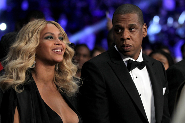 Beyonce just outted Jay-Z for CHEATING on her new album!