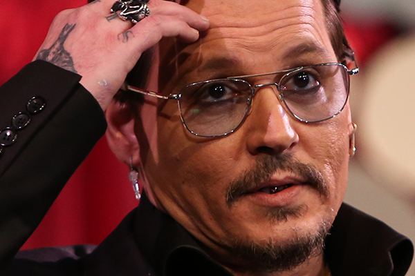 Johnny Depp just made the most AWKWARD joke about his dog apology video
