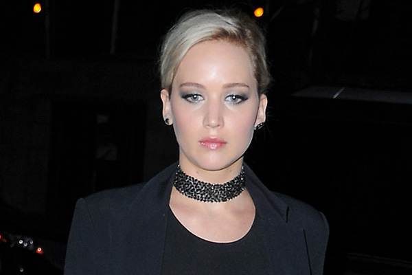 Jennifer Lawrence FLASHES her nipples in SEE THROUGH top