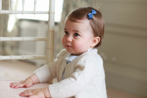 Will and Kate release NEW PHOTOS of Princess Charlotte for her 1st birthday