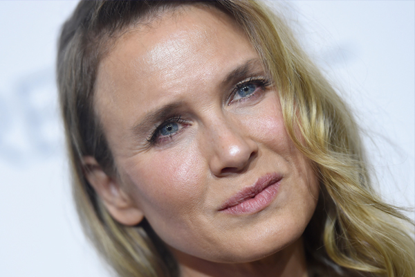 Renee Zellweger's face looks UNRECOGNISABLE once again!
