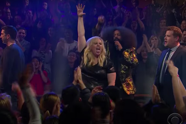 Rebel Wilson just DESTROYED David Schwimmer and James Corden in EPIC rap battle!