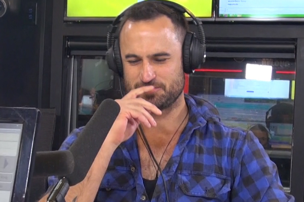 WATCH: Jordan from The Bachelor NZ does 'impressions' with JDR
