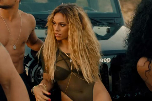 NSFW: Dinah shows full on SIDE VAG in new 'Fifth Harmony' music video!