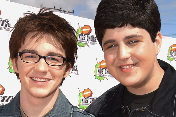 Josh from 'Drake and Josh' just got ENGAGED to a complete hottie!
