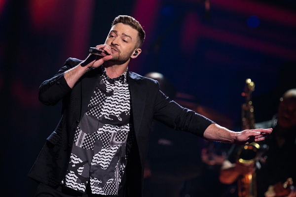 Justin Timberlake is getting SLAMMED on Twitter for posting this!