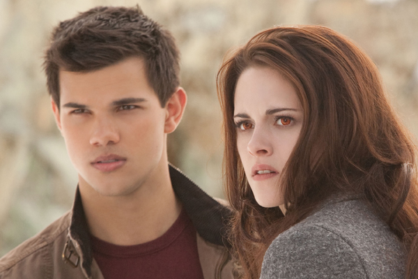 Taylor Lautner just shared some MAJOR news for Twilight fans!
