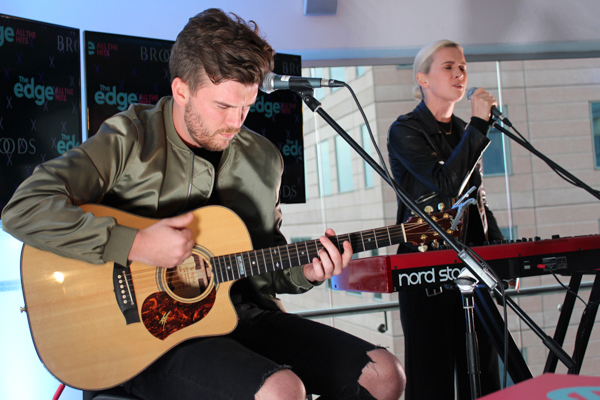 BROODS perform acoustic version of their hit single 'Free' at The Edge VIP Rooftop Party!