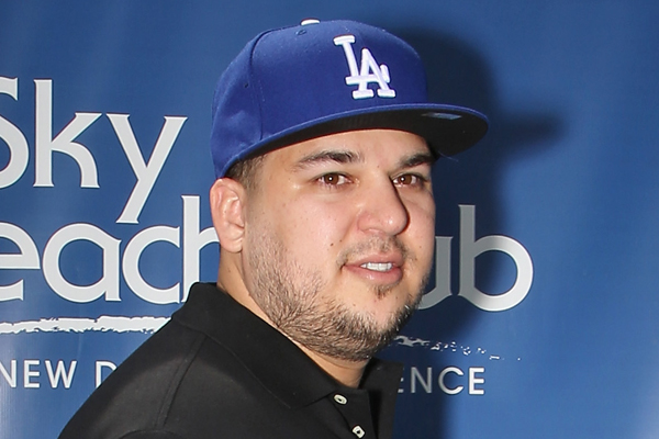 Rob Kardashian flaunts his MAJOR weight loss on Insta!