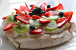 The Oxford Dictionary just CONFIRMED that the Pavlova was invented in New Zealand!