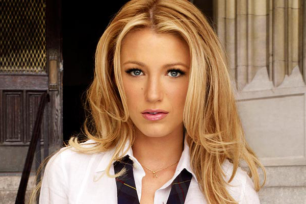 Blake Lively OFFICIALLY responds to those 'Gossip Girl' reboot rumours!