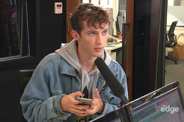 Troye Sivan turns on his notifications and his phone completely FREAKS out!