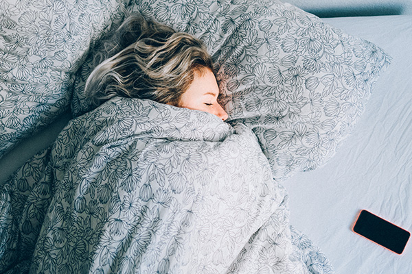 Science says people who sleep-in suffer SERIOUS side effects!