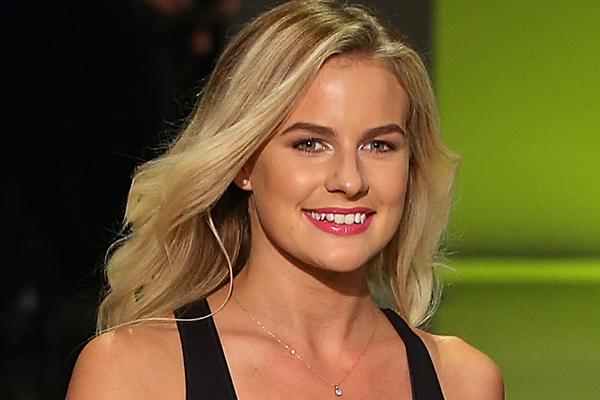 WATCH: Matilda Rice STRIPPED DOWN to model at NZ Fashion Week