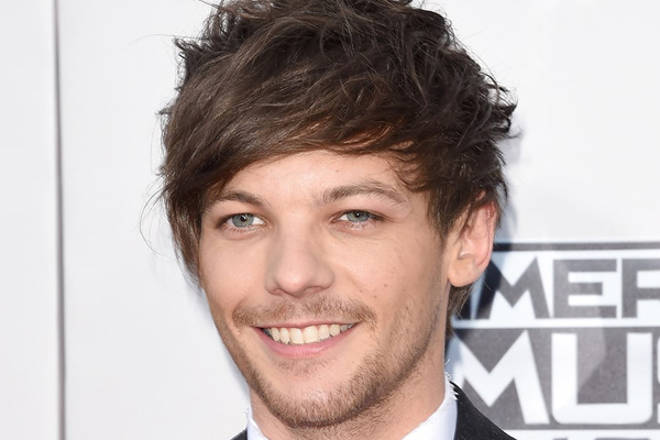 One Direction fans are FREAKING out over this pic of Louis Tomlinson!