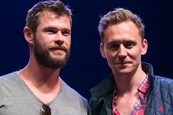 Chris Hemsworth and Tom Hiddleston just SURPRISED kids at a children's hospital!
