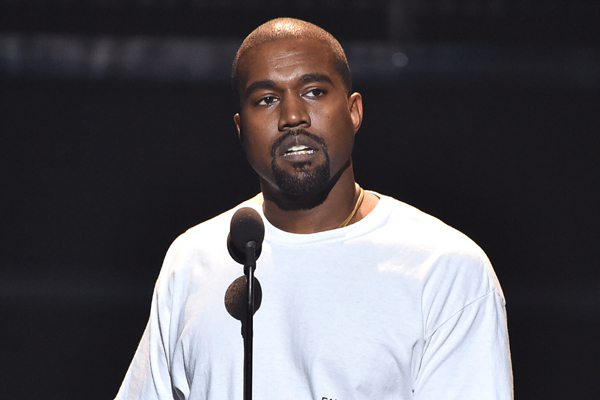 Kanye West just addressed THAT phone call with Taylor Swift in his VMA speech!