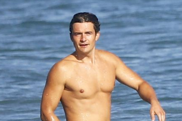 The UNCENSORED pics of Orlando Bloom's PENIS have just been released!