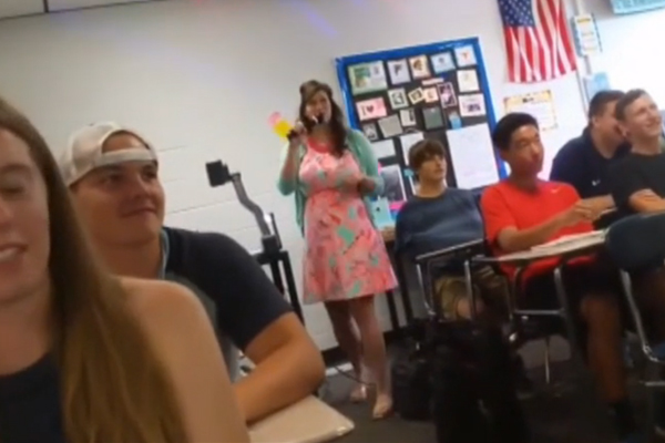 This high school teacher just sung the most CRINGE-WORTHY pop jams on first day!
